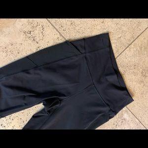 Lululemon Black Size 6